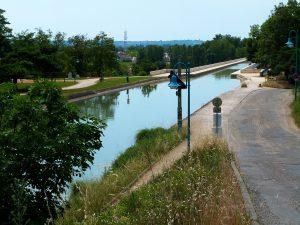 Baladez-vous le long du pont-canal d'Agen